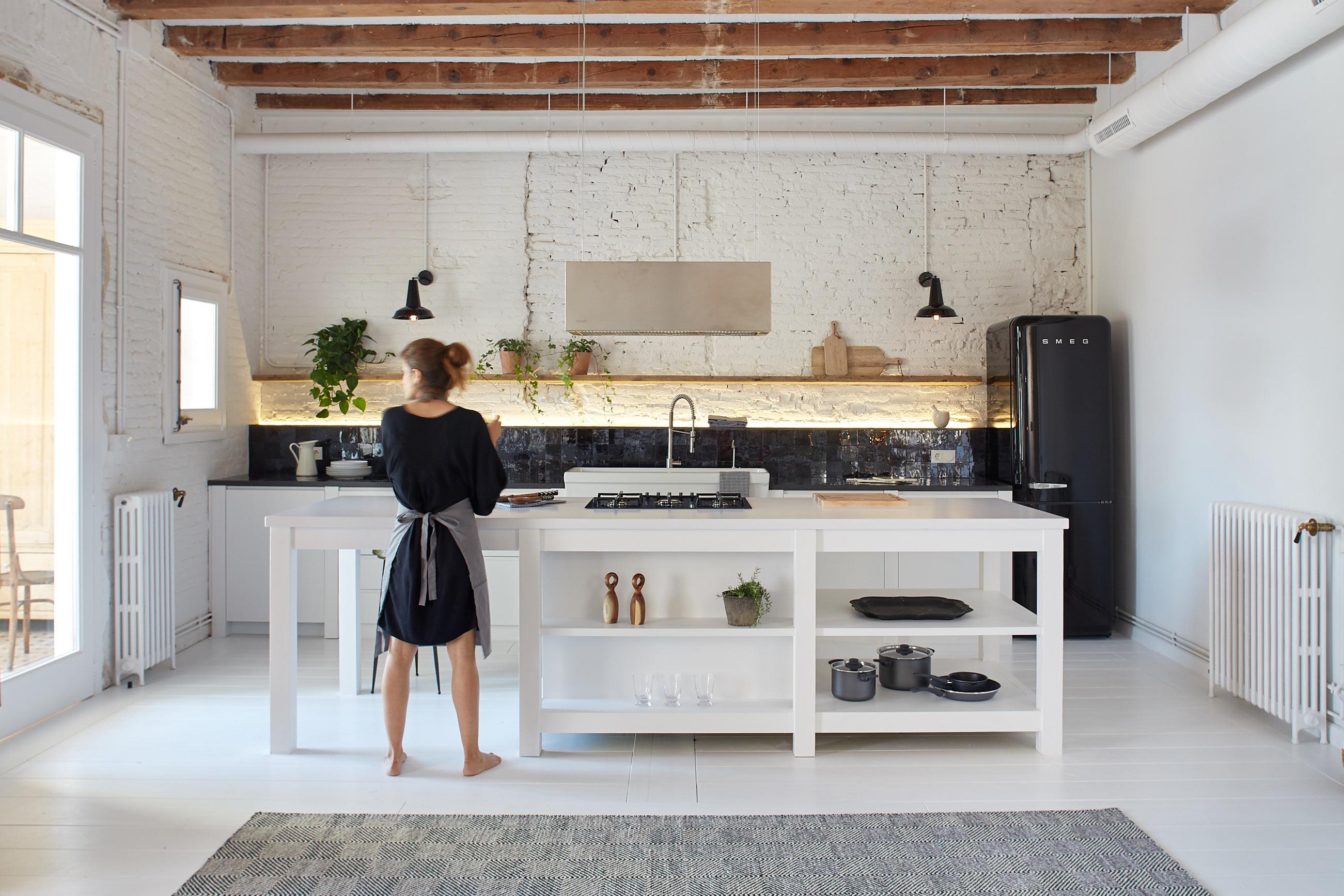 marta-castellano-mas-interiorista-barcelona-manresa-interiorisme-interiorismo-decoracion-nordic-kitchen-industrial